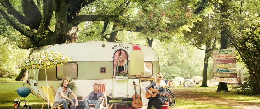 Vrijdag 24 juli: Cursus Campingflirten + Singles BBQ op de Buurtcamping Flevopark